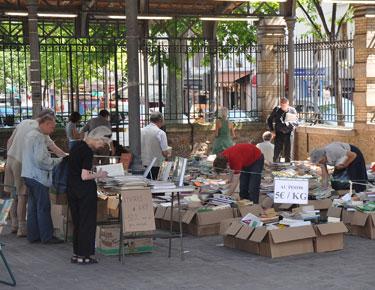 Paris-book-market